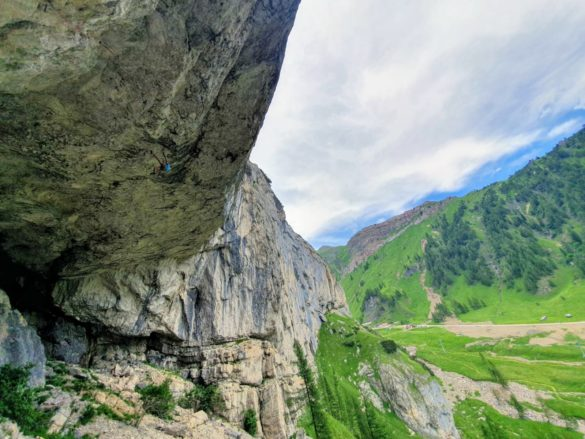 V Dolomite po D13